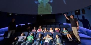 Djeca u planetariju