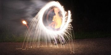 fireworks-409072_960_720